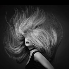 Long Hair Tips, Long Curly Hair, Short Hair, Black N White Images, Black And White Portraits, Hair Photography, Portrait Photography, White Photography, Photography Ideas