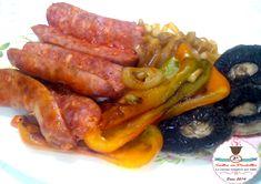 Grigliata mista di verdure e salsicce su Pietra Ollare, peperone, cipolla, funghi champignon, salsicce, sale rosa dell'himalaya, sugosa, gustosa, economica,