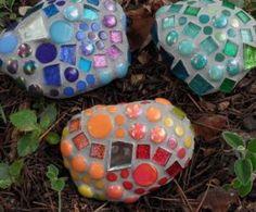 Como Fazer Pedras Decoradas para Jardim