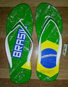 ec1c3187b Airwalk Womens Size 10 Green Yellow BRAZIL Flag Flip Flop Shoes  AIRWALK   FlipFlops