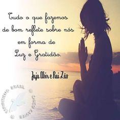 Tudo o que fazemos de bom reflete sobre nós em forma de Luz e Gratidão 💜 Paz e Luz 😇🌞🌞 Sigam o nosso Instagram @chicoxavierefalangesamigas As nossas frases e reflexões são selecionadas com carinho especialmente pra vocês 💖  #espiritismo #pazeluz #espiritualidade #paz #fe #esperança #amor #luz #vida #acreditar #sempre #reflexao #frasesespiritas #pazeluz #frases #gratidaosempre @espiritismo_brasil
