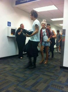 Twitter / 1DUpdatesOnline: Harry, Lou and Zayn at the ...
