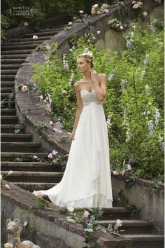 Empire Waist with Sweetheart Chiffon Wedding Dresses