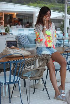 Top MISS JUNE Paris by @Mytenida Colorful Fashion, Love Fashion, Spring Fashion, Hippie Chic, Boho Chic, Outfits For Teens, Summer Outfits, Look Short, Mode Boho