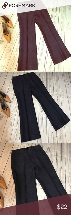 "Talbots 100% Linen Pants These are a great pair of Linen Pants by Talbots in excellent condition. Waist measures 14"", rise 10.5"", and inseam 27"". The color is navy. Talbots Pants"