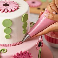 Cake Boss Bakeware Cake Decorating Kit  Flowers >>> Check out this great product.(This is an Amazon affiliate link and I receive a commission for the sales)