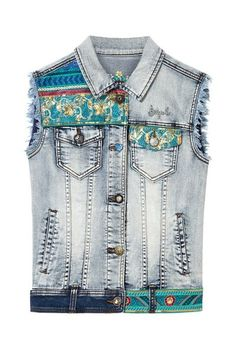 Jacket Agnese Desigual. Discover the spring-summer 2018 collection. Free shipping and returns in-store!