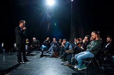 """Dyskusja: """"Teatr polski i jego publiczności"""" i promocja wyboru sztuk Jarosława Jakubowskiego / fot. Klaudyna Schubert"""