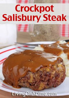 Easy Crockpot Salisbury Steak Recipe This Crockpot Salisbury Steak Recipe is a delicious comfort food your family will love! There's also an easy meal with Soft Chocolate Chip Cookies dessert! Crock Pot Food, Crockpot Dishes, Crock Pot Slow Cooker, Beef Dishes, Slow Cooker Recipes, Crockpot Recipes, Cooking Recipes, Crock Pots, Apple Recipes