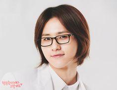 CNU/Shinwoo 신우 from B1A4 비원에이포