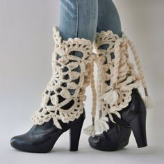 Crocheted legwarmers, bootcuffs, gaiters,  MAROUSCHKA - creamy.. #crochetlegwarmer