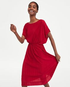 Zdjęcie 2 PLISOWANA TUNIKA Z WIĄZANIEM W PASIE z Zara Zara, Spring Summer 2018, Wrap Dress, Cold Shoulder Dress, Belt, Style Inspiration, My Style, How To Wear, Image