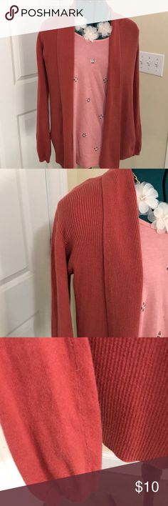 Rust Colored Buttonless Cardigan Rust cardigan. Gently used. Without buttons. Old Navy Sweaters Shrugs & Ponchos