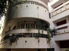 Visions of an Industrial Age // The Five Best Bauhaus Buildings in Tel Aviv Andrew Nash/flicker