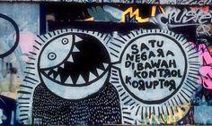Ilusi Merdeka Oleh Gunarto  Merdeka...  Dulu adalah semboyan kita..  Kata simbol perjuangan bangsa..  Tapi hanyut dalam nestapa..  Berantas korupsi..  Semboyan kita saat ini...  Tetapi terkadang kita lupa..  Siapa kita..  Laksana melanglang buana..  Bersuara teduh tak bermakna..  Cinta akan kemerdekaan telah runtuh..  Hanya tinggal sampah kemana...  Kita memang telah merdeka..   #Koruptor #Politik #Rakyat