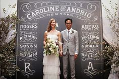 DIY chalkboard wedding backdrop: For the lettering lovers, a giant chalkboard wall is a fitting option for your photobooth backdrop.Write up your wedding ceremony details or pose for a fun take on formal photos. Chalkboard Wedding, Wedding Chalk Art, Diy Chalkboard, Blackboard Paint, Chalk Wall, Chalk Paint, Black Chalkboard, Maternity Chalkboard, Wedding Chalkboards