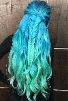 #raimbowhair #greenhair #bluehair #mermaidhair #colorhair #green #blue #hair #mermaid #raimbow #color br.pinterest.com/lele_4s