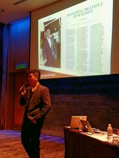 Speaking in Celebrity photographer Zung's Zero to Hero. Imparting entrepreneurial & financial experience. www.fb.com/nickg.advisory #nickg #entrepreneurial #entrepreneurship #financial #finance #money #investment #realestate #estateplanning #insurance #wisdom #experience #professionals #talk #speaker #audience