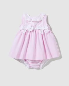 Baby Girl Frocks, Frocks For Girls, Baby Girl Dresses, Girl Outfits, Cute Outfits, Baby Dress Design, Frock Design, Baby Girl Christmas Dresses, Baby Frocks Designs