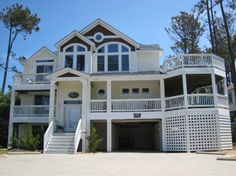 6 Bedroom Soundside Rental House in Corolla, part of the Outer Banks of North Carolina. Includes Private Pool, Community Pool, Hot Tub