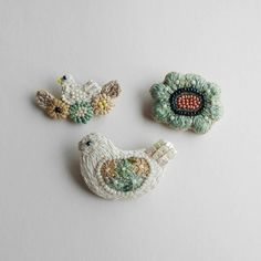 Bead Embroidery Jewelry, Textile Jewelry, Fabric Jewelry, Ribbon Embroidery, Beaded Embroidery, Embroidery Patterns, Crochet Brooch, Beaded Brooch, Crochet Earrings