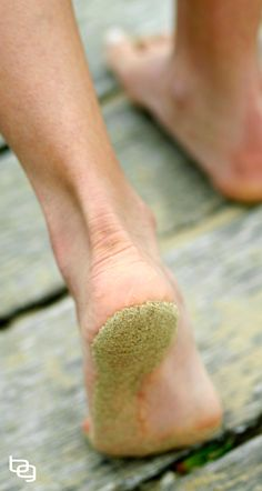 A Simple Method To Trick Your Body Into Flawless Barefoot Running Form (Even If You've Never Run Barefoot). Read more