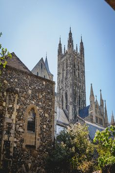 Church of the Church of England, Canterbury Cathedral has an extraordinarily rich history. West Wittering, Best Tourist Destinations, Canterbury Cathedral, Church Of England, Europe, Surrey, Travel Style, National Parks, History