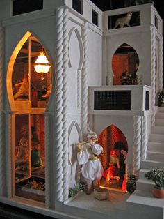 If It's Hip, It's Here: Mark Turpin's Pine Island: Architecture In Miniature (jt- The Sarayi.pic 1/2 Dolls by James Carrington. Interior room pinned alongside)