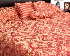 Edredón Verónica: Elegante juego de edredón para tu cama en tamaño Matrimonial y King.