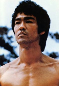 Bruce Lee - Data y Fotos Bruce Lee Kung Fu, Bruce Lee Art, Ben Bruce, Bruce Lee Martial Arts, Bruce Lee Quotes, Steven Seagal, Chuck Norris, Bruce Lee Collection, Karate