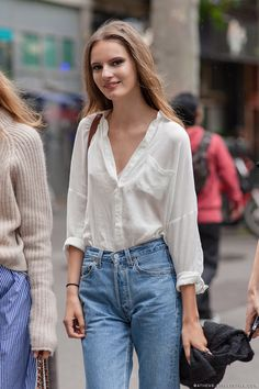 blouse & high waisted. Tilda #offduty in Paris. #TildaLindstam