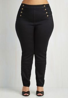Set Sailorette Jeans in Black - Plus Size. Even when you arent actually sailing the open sea, bring a nautical vibe to your sunny day outing in these cotton blend jeans. #black #modcloth