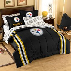 Pittsburgh Steelers NFL Embroidered Comforter Set (Twin/Full) (64 x 86)