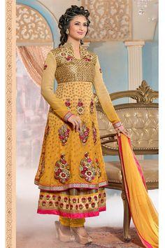 Divyanka Tripathi Double Layered Anarkali Suit