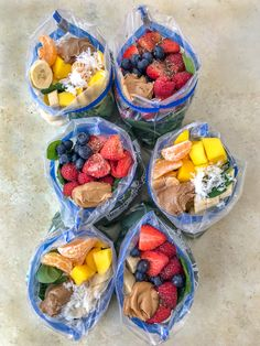 Make Ahead Freezer Smoothie Packs – homemade smoothie packs that can be put together quickly and easily! Perfect for preparing meals. Enjoy the comfort of a smoothie straight from your freezer! Homemade Smoothies, Fruit Smoothies, Healthy Smoothies, Healthy Drinks, Healthy Snacks, Healthy Recipes, Make Ahead Smoothies, Nutrition Drinks, Green Smoothie Recipes