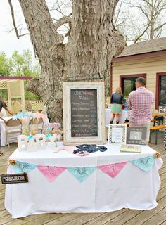 Gender Reveal Party {Pink or Blue?!}