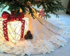 Distancia: 65 falda de árbol de Navidad de por SeamsClever en Etsy