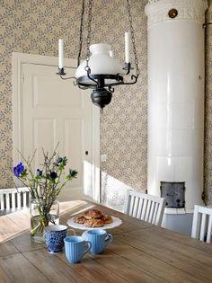 Luxury Kitchens, Cool Kitchens, Under Kitchen Sinks, Kitchen Wall Colors, Cabinet Decor, Kitchen Photos, Minimalist Kitchen, Kitchen Flooring, Kitchen Remodel