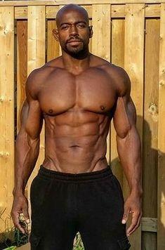 Horny bodybuilders in a club