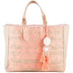 Verspielte Handtasche mit Stickereien ♥ ab 89,90 € ♥ Hier kaufen: http://stylefru.it/s633385 #romantisch #tasche #stickerei #rosa