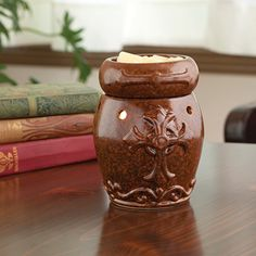 Have a reminder of the things that matter most to you. The Cross Wax Warmer.