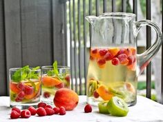 jamie oliver's easy flavored water    #homemade  #flavored   #water