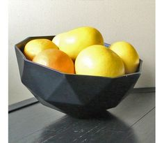 A nifty bowl by Kelly Lamb