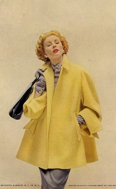 Retro Fashion Suzy Parker yellow swing coat jacket short trapeze super model vintage fashion icon - I have an oversized red Marla Wynn that is similar in shape. Fifties Fashion, Retro Fashion, Vintage Fashion, Trendy Fashion, 1950s Style, Vintage Outfits, Vintage Dresses, Vintage Vogue, Suzy Parker