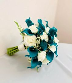 Calla Lily Wedding Flowers, Blue Flowers Bouquet, Calla Lily Bridal Bouquet, Silk Wedding Bouquets, Bridesmaid Bouquet, Flower Bouquet Wedding, Calla Lilies, Mint Bouquet, Plumeria Bouquet
