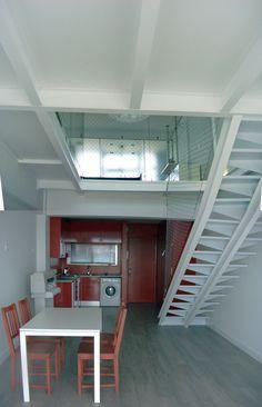 Terminado! cambiando suelo, electricidad, iluminación, estructura, pintura de paredes y cocina, malla metálica...todo por 10.500