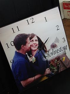 Creative Handmade Photo Crafts with Tutorials Creative Handmade Photo Crafts with Tutorials - DIY Photo Clock Update an old or ugly clock with a family photo! In These Moments Time Stood Still Personalized Wall Decal Picture Clock, Photo Clock, Make A Clock, Diy Clock, Clock Ideas, Photo Craft, Diy Photo, Picture Craft, Photo Projects