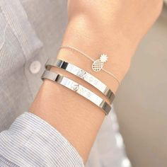 The sterling silver bracelets have actually been popular amongst females. These bracelets are available in various shapes, sizes and designs. Silver Bracelets, Silver Earrings, Silver Jewelry, Jewelry Bracelets, Silver Ring, Silver Accessories, Ankle Bracelets, Bracelet Set, Gold Jewellery