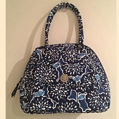 ✨Vera Bradley Turnlock Satchel Heather✨ ✨Vera Bradley Turnlock Satchel Heather✨Outside Turn lock pocket ✨ Four inside compartments one with zipper Vera Bradley Bags Satchels