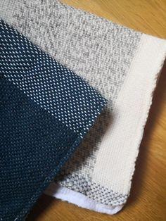 Tissage en laine, doublé de coton. À retrouver sur www.laen.be Rugs, Shopping, Home Decor, Wool, Cotton, Weaving, Objects, Home, Farmhouse Rugs